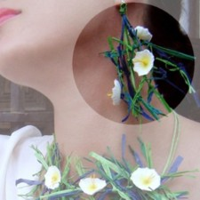 Earrings model Marguerites (Caillebotte)