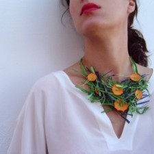 Necklace model Marguerites (Caillebotte)