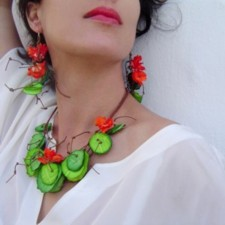 Necklace model Nasturtiums (Caillebotte)