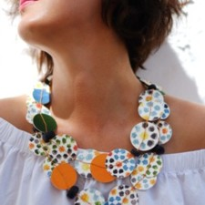 Short Necklace model Universo Alhambra, Day